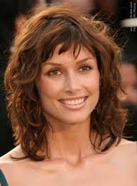 um length curly hairstyles for womens cool stuff um length layered hairstyles layered hairstyle and hairstyles