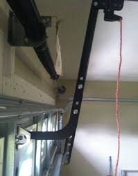 shows door bracket mounting position and j bar angle