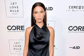 Bella Hadid cries for Palestinians in ...