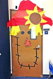 cool door decorations. Exellent Decorations Door Ideas For School Decorations Cool Classroom  Scarecrow Idea Throughout Cool Door Decorations S