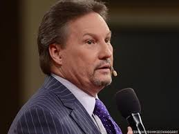 Watch Televangelist Likens Lgbt Equality Supporters To Isis