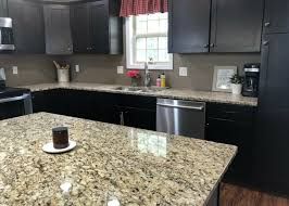 how to maintain clutter free countertops