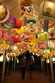 Please Come See The Meticulously Crafted And Exquisite Lanterns