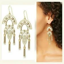 nwot stella dot mirage chandeliers earrings