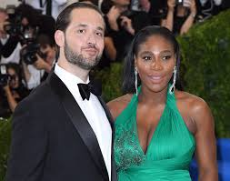 A Perfect Match! Serena Williams and Alexis Ohanian Are Married   En3D