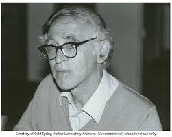 Aaron Klug, 1982 :: CSHL DNA Learning Center