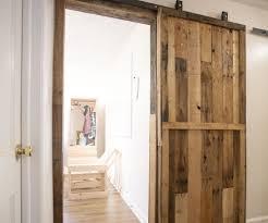 Diy Sliding Barn Door Pallet Sliding Barn Doors 5 Steps