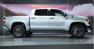 Toyota rolls out redesigned Tundra full-size pickup | Fleet Owner