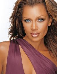 Vanessa Williams: Book, Read Bio, and Contact Agent - United Talent Agency