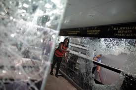 Resultado de imagen de la noche de los cristales rotos pelicula