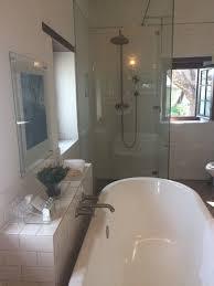 babylonn bathroom 2 bedroom cottage