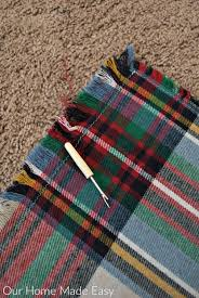 an easy how to in making your own 5 flannel blanket scarf to