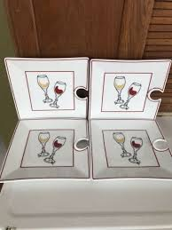 set of 4 wine valley classics wine glass holder mingling square appetizer plates