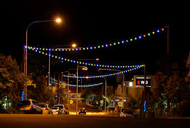 image of outdoor string lights commercial cafe style