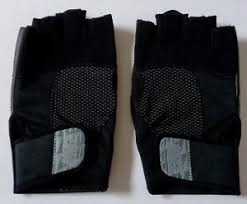 Nike Training Gloves Size Chart Details About Nike Fitness Lock Down Training Gloves Mens Large Black Grey