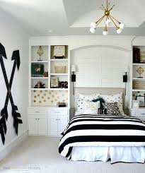 bedroom design for teen girls. Pottery Barn Teen Girl Bedroom With Wooden Wall Arrows. Budget-friendly Choice For A Design Girls I