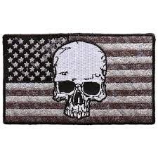 hot leathers gray flag skull 4 x2 patch hot leathers