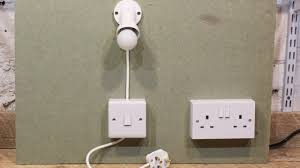 Wiring A Light Socket Uk Simple Plug In Light And Switch