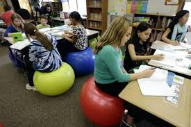 um size of what size exercise ball to sit at desk sit on a ility ball