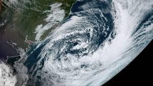 Ciclone provoca falta de luz e transtornos - MetSul Meteorologia