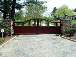 Stone Entry Gate Designs Tri State Gate Driveway Gate Gate Design Driveway Design