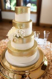 the golden touch elegant cake and wedding cake