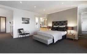 Dark Vs Light Carpet Dark Carpet Seems Like Sensible Idea Need To Keep Walls