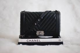 chanel le boy. the chanel le boy has been on my wish-list for longest time, and what better way to celebrate very first time in paris by bringing home something e