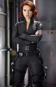 Black widow scarlett ...