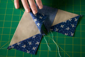 Flying Geese - Make 'em fast - two methods - Quilting Tutorial ... & Flying Geese - Make 'em fast - two methods - Quilting Tutorial from  ConnectingThreads.com Adamdwight.com