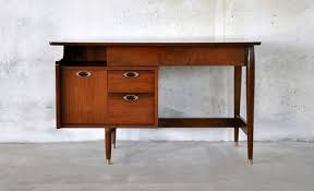 Vintage hooker furniture desk Mid Century Danish Modern Mainline Walnut Vintage Desk By Hooker Furniture 1960s Ebay Pinterest Midcentury Danish Modern Mainline Walnut Vintage Desk By Hooker