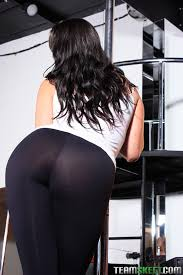 Thick girls in spandex porn