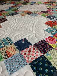 Blogger's Quilt Festival ~ Little Sister Quilt | KatyQuilts & I had a lot of fun with the quilting on this one! It was my first time  using curved crosshatch, but it won't be the last. I also firmly believe  that one ... Adamdwight.com
