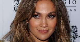 jennifer lopez s no makeup workout selfie looks depressingly good you j lo someecards celebrities