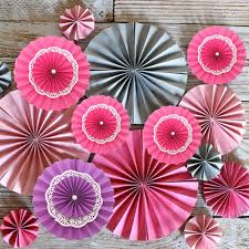 5pcs lot 6 15cm tissue paper fan flower for mariage casamento birthday party decoration three layers paper craft diy home decor in artificial dried