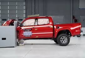 Four Small Pickup Trucks Earn 'Good' Safety Ratings | CarProUSA