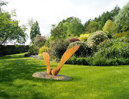 garden sculpture a guide to picking a