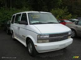 1996 Ghost White Chevrolet Astro LS Passenger Van #18504204 ...