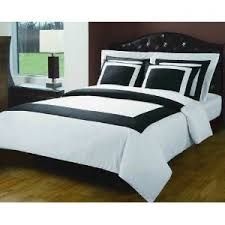 Amazon.com: 6pc King Size Hotel bedding set Including 300 Thread ... & 6pc King Size Hotel bedding set Including 300 Thread Count Duvet cover set  Black with White+ Adamdwight.com