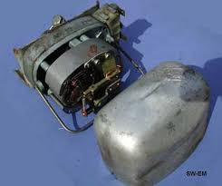 sw em 544 wiper info picture of an swf wiper motor assembly cover is held in place a wire bale and when removed allows inspection replacement of motor brushes