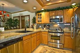 kitchen wall colors with oak cabinets homehubco