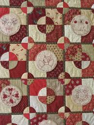 Quilt As You Go Tutorials: QAYG Video and 26 Quilt Tutorials & Size is different, there are many different styles of methods and even some  bags in there! {don't forget about the puff quilt too!} Adamdwight.com