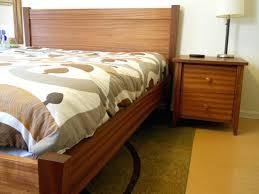 mahogany bed frame – imaginehowto.com