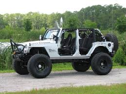best gallery of jeep with white customized jeep wranglers stunning jeep wrangler sahara white lifted with jeep rubicon lifted 4 door white
