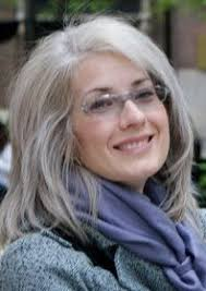 hairstyles for women over 50 with fine hair and gles longgrey layers