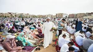 عيد الفطر في المغرب... أمنيات وحلويات وصلة رحم