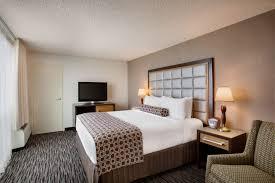 King Single Bedroom Suites Photo Gallery Crowne Plaza San Francisco Airport