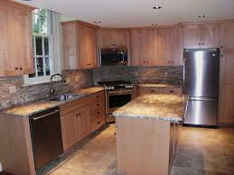 Maple kitchen traditional-kitchen