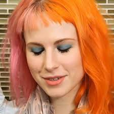 hayley williams makeup blue eyeshadow eyeshadow pink lipstick lipstick steal her style