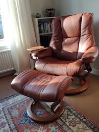 stressless leather chair large mayfair recliner with stool and table